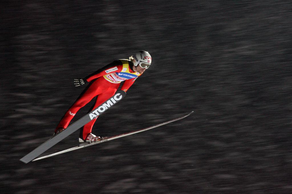 Positiv: Bjørn Einar Romøren tror han har mulighet på medalje hvis han kan ligge bak østerrikerne mesteparten av hoppet (foto: flickr.com/skiforbundet)